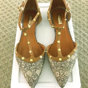 Halogen 'Olson' Pointy Toe Studded Flat (sz 9)